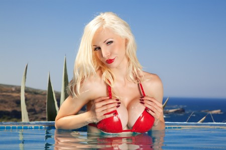Busty blonde in the pool-148
