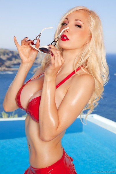 Busty blonde in the pool-91